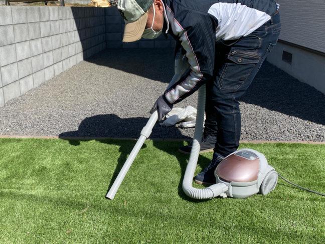 人工芝のお手入れ・掃除の仕方を解説