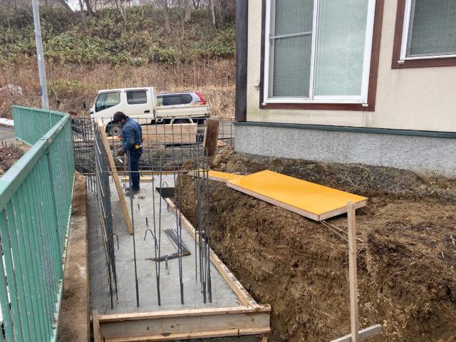 N邸-鉄筋コンクリート擁壁基礎コンクリート完了